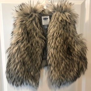 Old Navy 3t Fur Vest